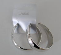 Chunky plastic hoops - silver colour or gold colour (Code 0772)